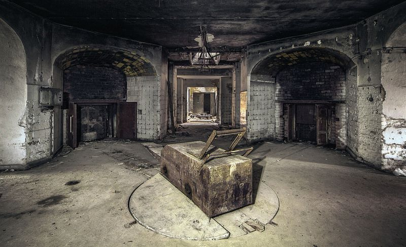 the-creepy-and-crumbling-remains-of-an-abandoned-crematorium